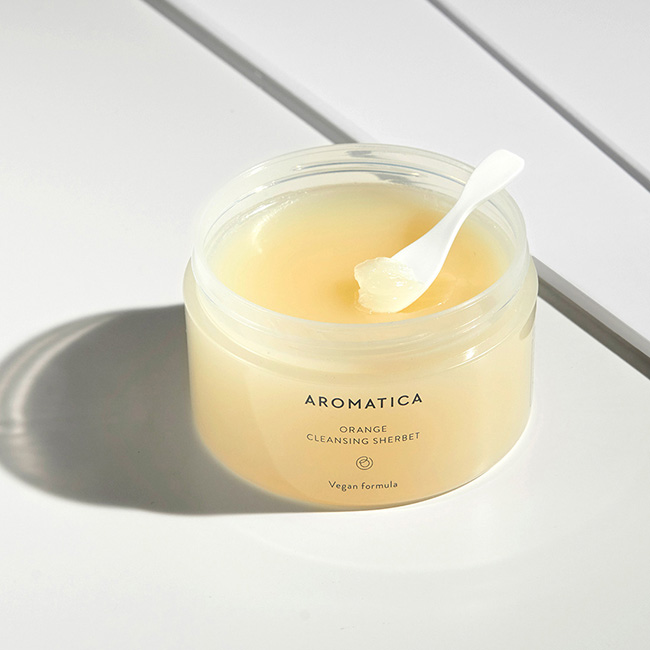 Sustainable Beauty by Aromatica